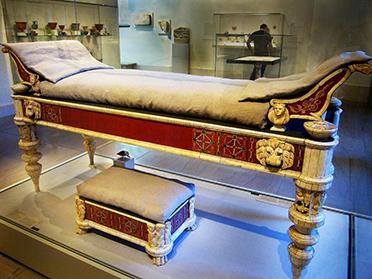 Кровать Древнего Рима